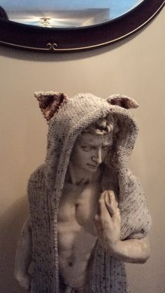 Feed Me Now Mother!: Hooded Scarf! Free Pattern!  i should re-learn how to knit so i can make this...