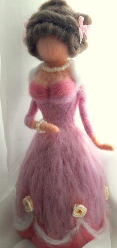 Rózsaszín hercegnő tűnemez  baba (szilvike23) - Meska.hu