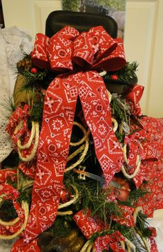 A Texas Cowboy Christmas Tree, really cute