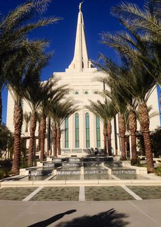 Gilbert Temple, had the opportunity to go to the open house with my best friend. I was speechless, entering the temple always makes me feel closer to my Heavenly Father.