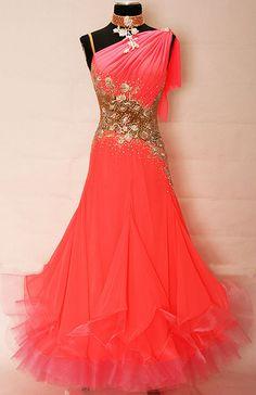 Image from http://dress.danceplaza.com/DATA/48/76948_1_gallery.jpg.