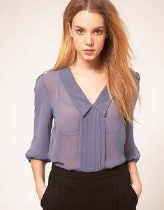 ASOS Collection Asos Blouse with Pintuck and Sleeves Cute Blouses, Blouses For Women, Blouse Styles, Blouse Designs, Office Fashion, Look Chic, Office Outfits, Fashion Dresses, Stylish
