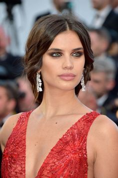 Cannes do: the best beauty looks from the 2017 Cannes Film Festival - Vogue Australia