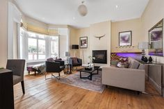 Home Staging London & Home Styling from DesRes London. We deliver affordable expert home staging to ensure your London property sells faster for more.