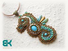Ebroided seahorse pendant by BéKata