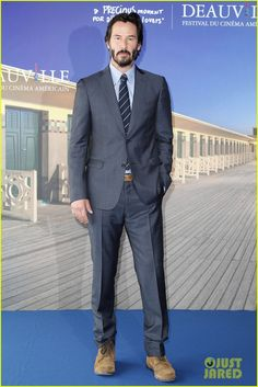 Keanu Reeves Steps Out at the 'Knock, Knock' Premiere