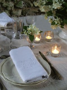 dining in white - the french summer table - Sharon Santoni