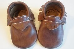 *PLEASE MEASURE YOUR LITTLE ONES FEET*All moccasins are made of genuine leather. The lovely moccasins are designed with elastic around the ankle, making them wiggle proof and also easy to put on your babies feet.  Please email me for custom orders or any questions you haveLeather texture and finish may vary from color to color*PLEASE MEASURE YOUR LITTLE ONES FEET*