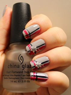 Goodly Nails: Harmaat kynnet