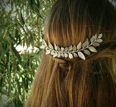 Large Silver Laurel Leaf Hair Comb Antique Silver by OLIVIABRUN