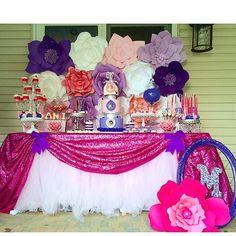 Full table  #cakepopsbyjenn