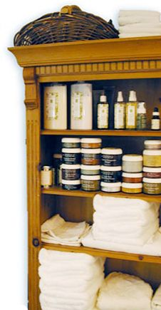 Pure Alchemy Spa – organic skin care spa offering facials and waxing and featuring Eminence Organic Skin Care of Hungary.