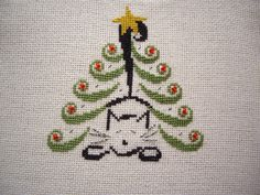 free cat tree cross stitch patterns   ... pattern I got from Just Cross stitch, Christmas Ornaments 2011, from