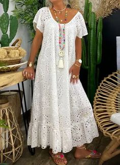 Simple Dresses, Casual Dresses, Summer Dresses, African Fashion Dresses, African Dress, Lace Gown Styles, Dress Outfits, Fashion Outfits, Tunic Pattern