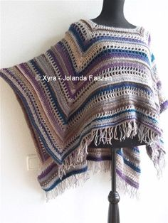 PATR1033 Xyra Crochet-pattern Rectangular poncho von XyraCreaties
