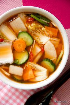 나박 물 김치 담그기, 나박 김치 레시피, 한국 음식, 김치 담그기, Best Korean Food, South Korean Food, How To Cook Liver, Around The World Food, K Food, Korean Dishes, Recipes From Heaven, Food Diary, Vegetable Dishes