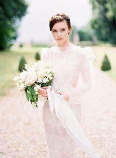 YolanCris | Noticias #Bride #wedding #weddingdress #yolancris #couture #boho #bohodress #countryside #editorial #fashion #editorial
