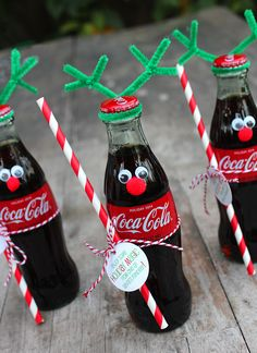 How to Make Coca-Cola Bottle Reindeer - Coke Bottle Reindeer gift - Coca Cola Christmas, Noel Christmas, Homemade Christmas Gifts, Holiday Gifts, Simple Christmas Gifts, Coca Cola Gifts, Grinch Christmas Decorations, Santa Gifts, Novelty Gifts