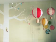 The Joyeful Journey: {diy} paper lantern hot air balloons!