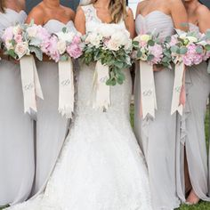 Who Pays for the Bridesmaid Dresses? Here's the Answer According to Your Country's Customs
