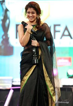 Nayanthara-at-the-61st-Idea-Filmfare-South-Awards-2014-(1)