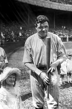 Babe Ruth, New York Yankees, with children on field at Yankee Stadium before a game: photo by Bain News Service, 1921 Baseball Playoffs, Baseball League, Mlb, Babe Ruth, Ruth 3, Equipo Milwaukee Brewers, Yankee Stadium, American League, New York Yankees