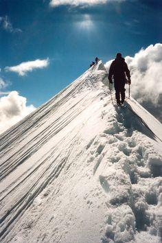 """"""" Kebnekajse by Michael Wåhlin Via Flickr: Kamvandring från nordtoppen till sydtoppen. """""""