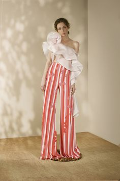 Andrés Otálora Resort 2019 - Discover the Collection Here! Put On, Elegant Dresses, Couture Fashion, Gingham, Designer Dresses, Summer Outfits, My Style, Womens Fashion, Casual