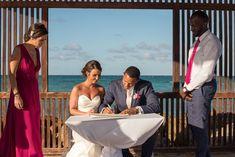 With so many Jamaica wedding packages available at every price point, where do you start? Learn more about our top 5 low cost Jamaica wedding packages!