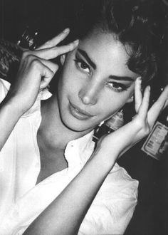 Christy Turlington's telepathic powers. | 51 Reasons Why Supermodels Were Better In The '90s
