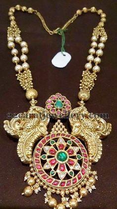 Jewellery Designs: Peacocks Design Kundan Gold Mala