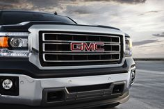 front grille black color   2014 GMC Sierra