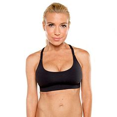 Watch this video to get a serious head-to-toe and front-to-back workout with celebrity trainer, Tracy Anderson. You can lose up to 10 inches over your entire body in 10 days by doing these exercises six days a week along with 30 to 60 minutes of cardio. This workout series leaves no muscle unworked! To start, cycle through all of the exercises on your right side, then repeat them on your left.