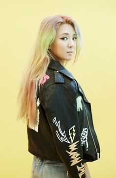 Girls Generation Hyoyeon.. she is the 1st best dancer in Girls Generation