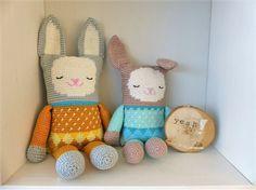 Crochet pattern stuffed toy rabbit English US por CrochetMadebyleen