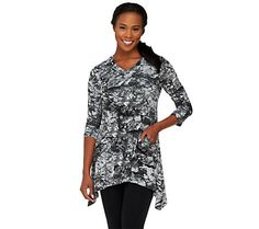 LOGO by Lori Goldstein Printed Knit Top with Pockets