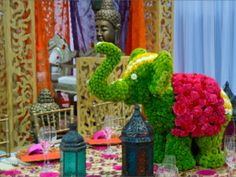 Indian Wedding Theme?  Here is something for you created by Naakiti Floral Design, as seen at the January Bridal Spectacular