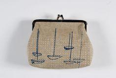 boat purse/coin purse