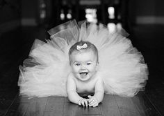 What a cute idea for a baby girl's portrait!