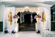 Kaycee's Gorgeous Venetian Opera Themed Party – Entrance Antique Show, Blooming Rose, Party Themes, Party Ideas, Event Styling, 7th Birthday, Venetian, Entrance, Opera