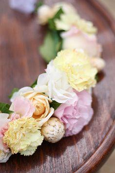 Flower wreath by Chanele Rose Flowers