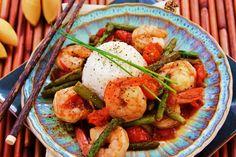 Menu Musings of a Modern American Mom: Video Recipe for Sesame Shrimp and Asparagus Stir Fry