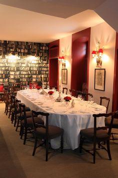 Horcher (Alfonso XII, 6. Madrid) cuenta con tres reservados: La recepción, el más demandado y coqueto, con capacidad de hasta Best Hotels, Madrid, Cook, Recipes, Restaurants