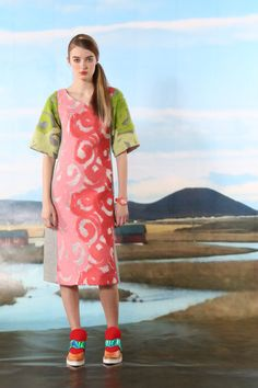 Tsumori Chisato Pre-Fall 2016 Fashion Show  http://www.vogue.com/fashion-shows/pre-fall-2016/tsumori-chisato/slideshow/collection#16  http://www.theclosetfeminist.ca/