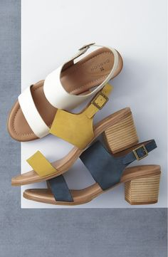 These trend-right sandals in a minimalist silhouette are fitted with smooth leather straps and lifted by a blocky stacked heel for the perfect summer look.