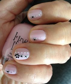 Nails Pink & black. Nail Polish Art, Nail Polish Designs, Cute Nail Designs, Cute Nails, Pretty Nails, Manicure Y Pedicure, Disney Nails, Short Nails, Pink Nails