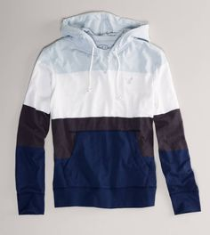 Shop Hoodies & Sweatshirts for Men at American Eagle. Find comfortable and casual men's sweatshirts, pullover and zip-up hoodies in a variety of styles, sizes and colors. Cool Outfits, Casual Outfits, Fashion Outfits, Sweater Hoodie, Hoodie Jacket, Mens Outfitters, Swagg, Casual Wear, Style Me