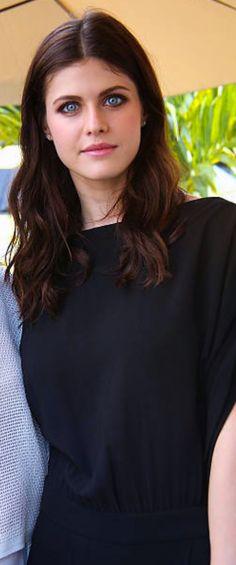 Alexandra Daddario, Most Beautiful Hollywood Actress, Peinados Pin Up, Amanda Seyfried, Celebs, Celebrities, Hollywood Actresses, Most Beautiful Women, American Actress
