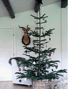 Boligreportage: Jul i grå toner | femina.dk
