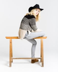 http://www.thehiptee.com/es/mujer/954-lucy-uneven-hem-knit-degrad-c-hip-black.html